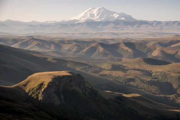 Эльбрус. Кавказ. Кабардино-Балкария. Плато Бермамыт.