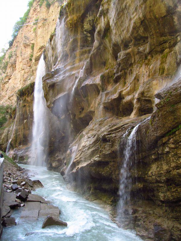Кабардино-Балкария Чегемские водопады