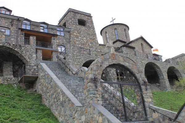 Северная Осетия, Аланский мужской монастырь