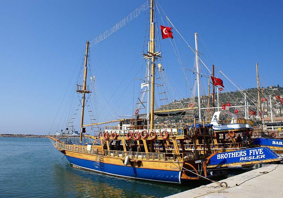 Турция. Пристань в Аланье